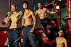 粉絲太多 消防猛男月曆加印2千本