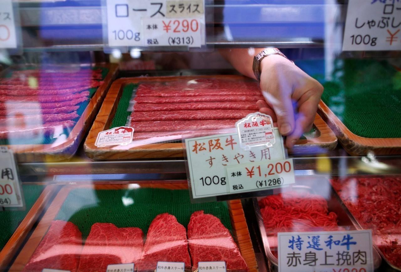 日本和牛可能再漲價 都怪中國豬瘟疫情衝擊飼料供應