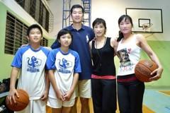 籃球/知名雙胞胎女教頭 堅決反對東奧正名