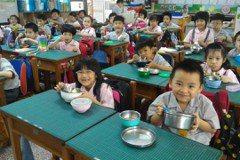 守護學童食安健康 標章食材覆蓋率提升至5成4