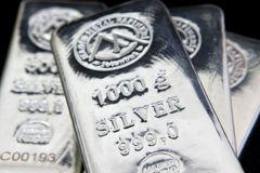 巴隆:銀價已跌深 漲勢蠢蠢欲動