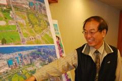 高雄市地政局長黃進雄 唯一留任原位的首長