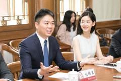 性侵案美檢方撤控 劉強東向奶茶妹妹道歉