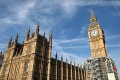 報讀英國大學中港生增逾兩成 人數超威爾斯地區學生