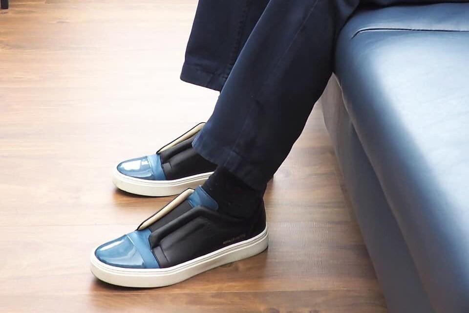 陳冲腳穿潮鞋吸睛 這雙MIT鞋是這家做的