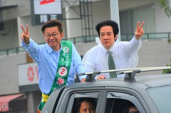 賴清德苦行 韓國瑜助攻 台南立委補選明晚決戰