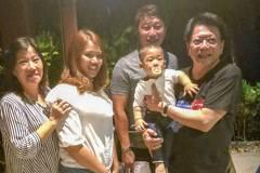 漁民妻帶9月娃飛模里西斯見夫 潘孟安:這就是討海人