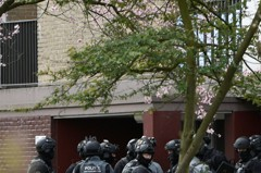 荷蘭烏特勒支槍案已1死 警方包圍嫌犯藏匿的大樓