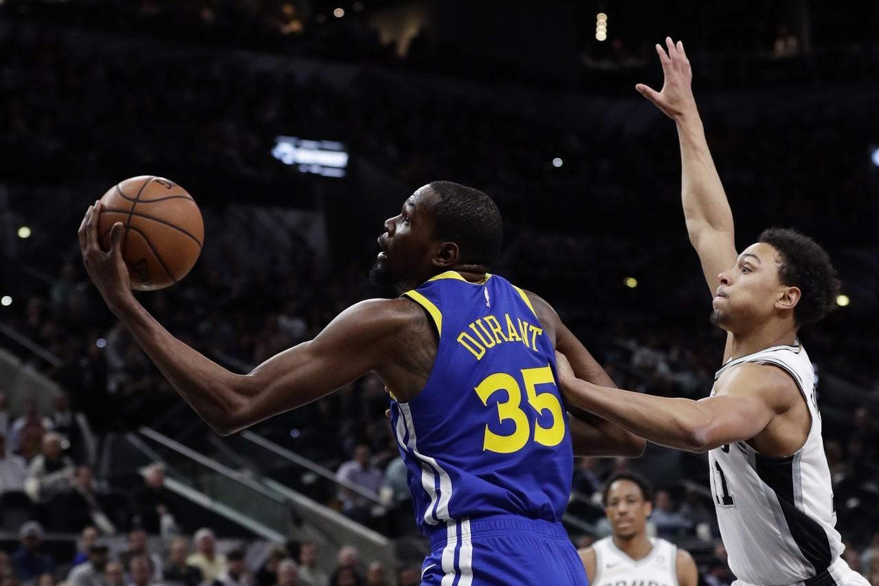 NBA/杜蘭特摯友遭槍殺 柯爾盼籃球能為其解憂