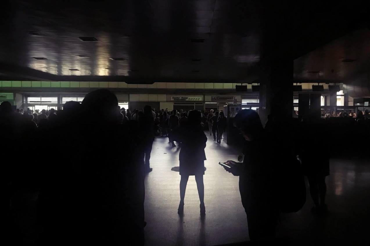 委內瑞拉沒有光:俄軍進駐、中國幫修也擋不住「二次全國大停電」