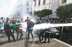 北非3國騷亂 「阿拉伯之春」重演?