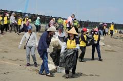 竹市淨灘塑膠垃圾最多 還曾清出馬桶與廢棄機車