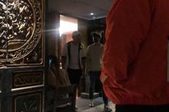 野生王俊凱嗑火鍋 低調訪台靠攏周杰倫?