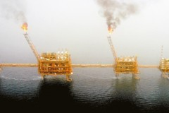 伊朗躲避制裁 改在「灰市」賣油