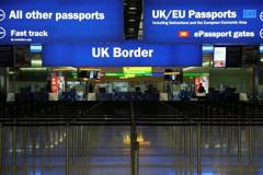 想去英國更簡便了 紙本入境卡將全面取消