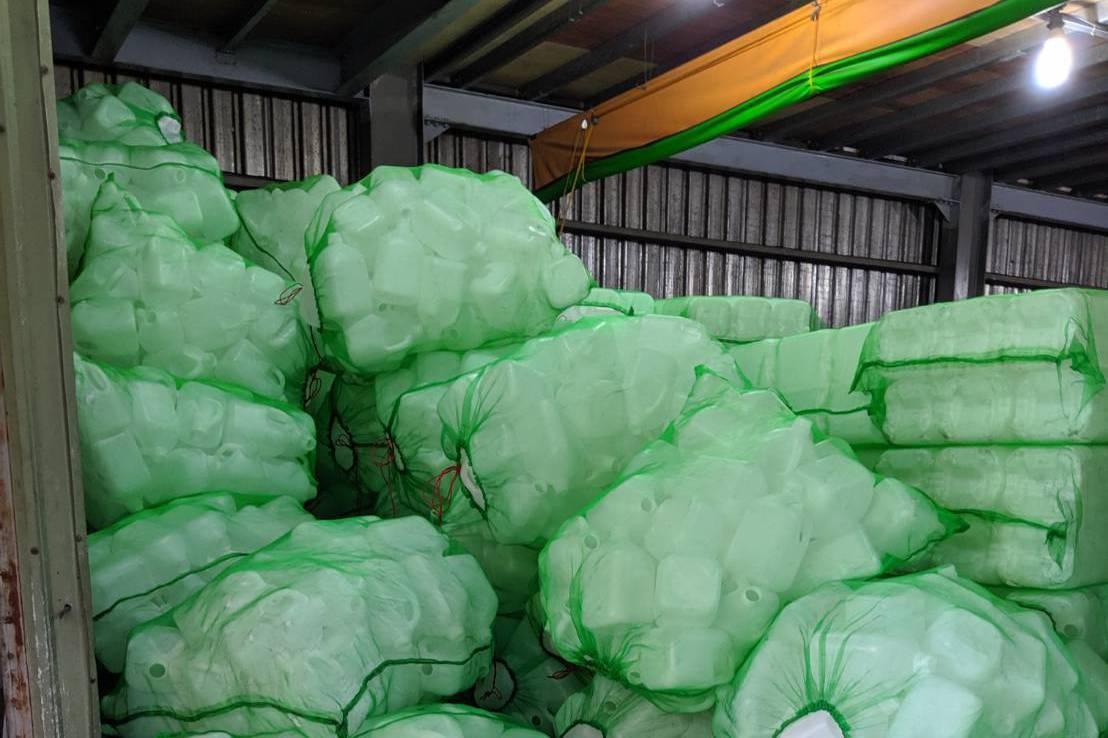 醫療洗腎藥水桶 回收改裝洗碗精、洗潔劑獲利百萬