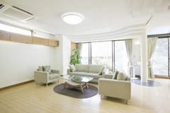 室內裝修登記證效期放寬至5年 估2.5萬人受惠