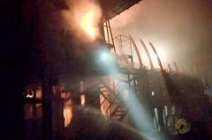 高雄海光鋼鐵火警 疑燃燒機台