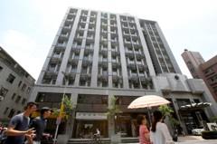 持有六年北市最貴小豪宅 轉手賠售238萬元