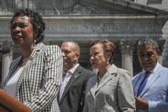 ICE逮捕行動持續 國會議員籲移民要警惕