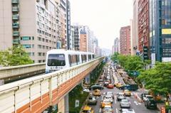雙捷運房價 靠小宅、豪宅撐腰