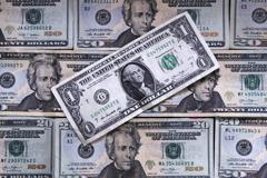 美經濟強、失業率低、消費者信心高 Fed為何要降息?