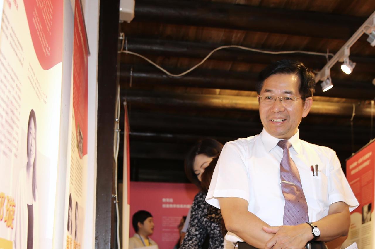 影/為台灣而教特展 部長:還是喜歡人家叫我潘老師