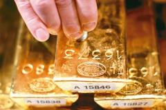 全球經濟衰退 金價衝上1,500美元
