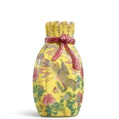 曹興誠再出手!近8億「包袱瓶」將於香港蘇富比秋拍登場