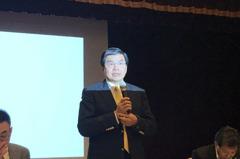 國壽減碼台股逾300億元 李長庚:填息難先賺利得