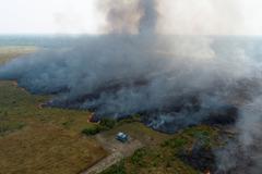 影/野火過境後的亞馬遜 空拍畫面曝光令人痛心