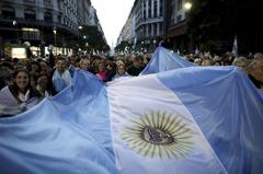 阿根廷無力償債 評級遭標普調降至「選擇性違約」