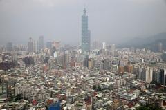 貿易戰陰影籠罩四小龍 台灣經濟逆勢上修返首位