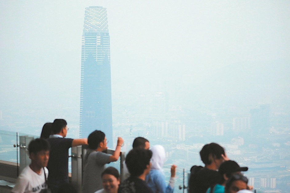 印尼森林大火 煙霾籠罩鄰國