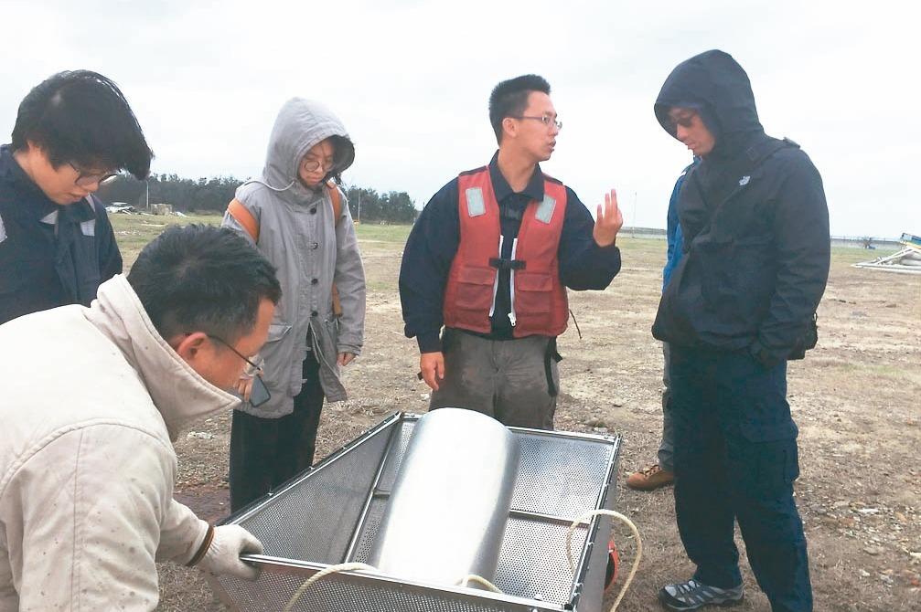 在地心產業/保育海洋 2青年創立「點點塑」