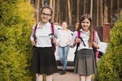 7歲女童一年抽高10公分 父母開心醫卻揭恐怖真相