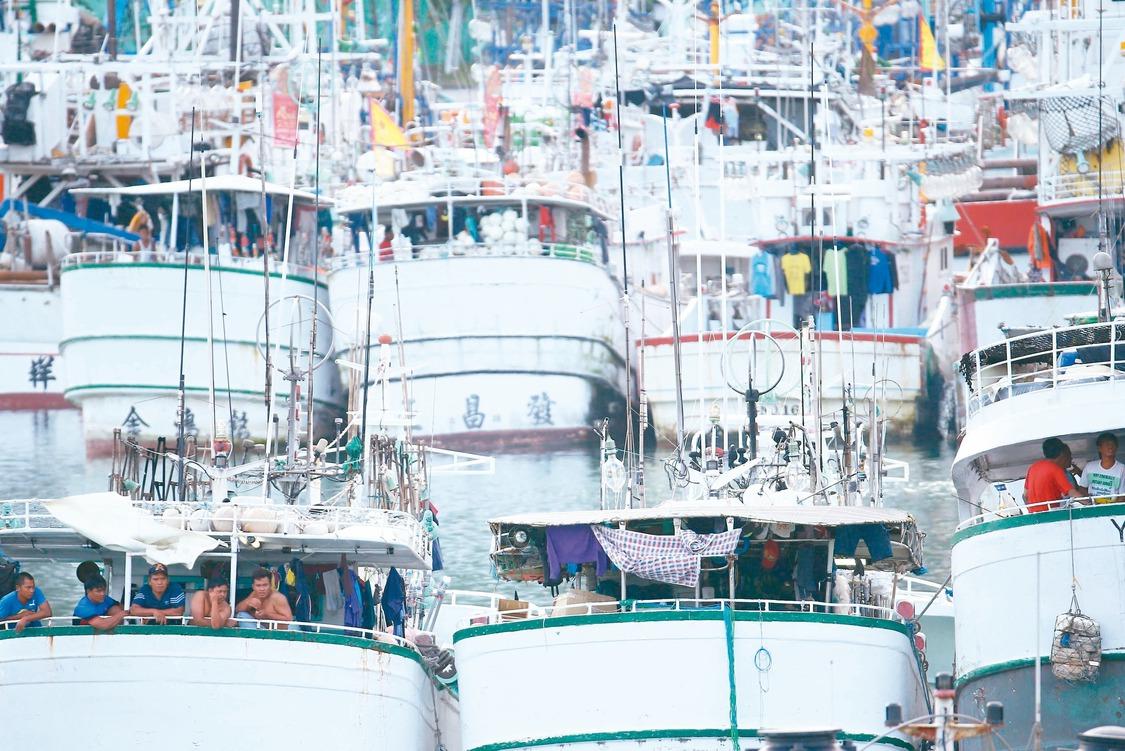 漁工悲歌/他們以船為家 沒有馬桶、甲板沖澡