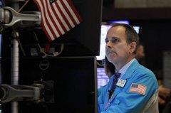 經濟利空襲擊 美股連兩天重挫道瓊再跌494點