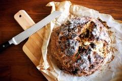 週末上菜/省時省力快速麵包「果乾蘇打麵包」
