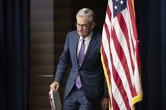 美經濟數據疲軟、川普抨擊 Fed降息壓力升高
