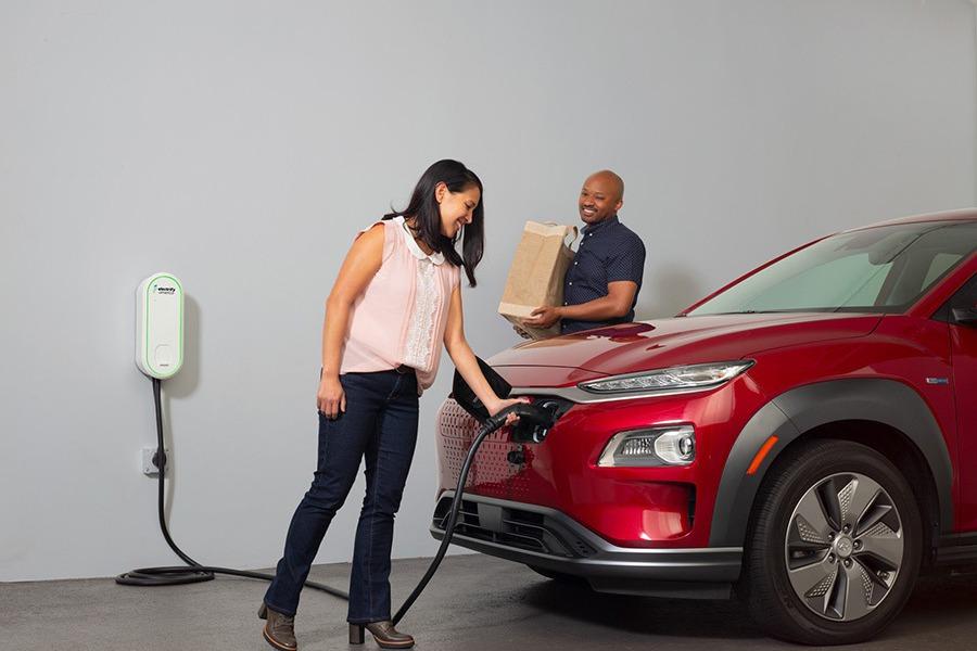 Electrify America推出價格親民的家用充電座!500美元有找