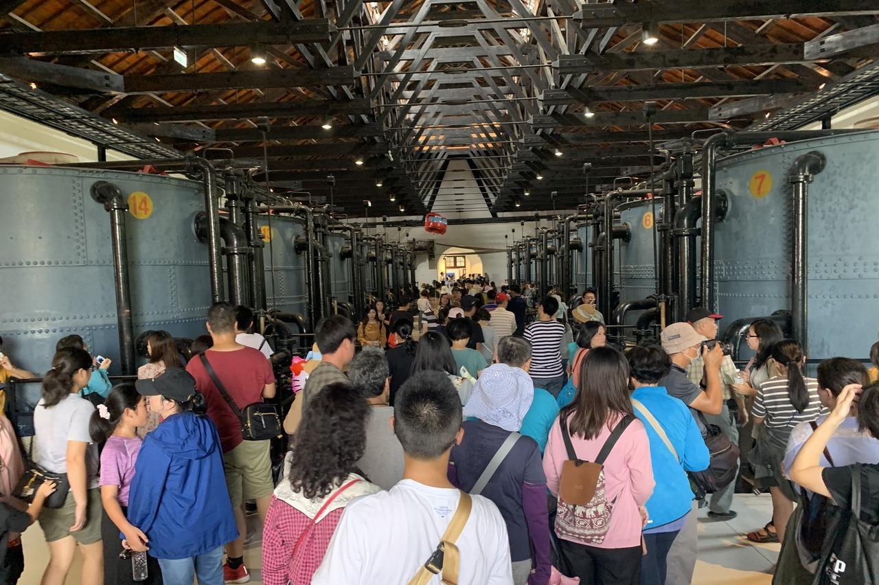 擠爆!台南百年水道博物館下午開幕 優人神鼓掀高潮