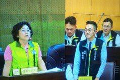 議員母親質詢局長兒子 桃園議會上演母子詢答畫面