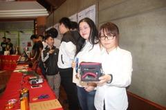 求生吸溼水壺、背包用空調 建國師生國際發明展拿獎