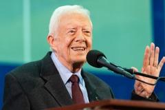 95歲美國前總統卡特家中跌倒 輕微骨折住院