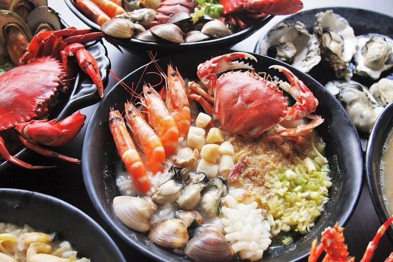 豐原必吃「蝦蟹放滿這碗只要140」 超狂不照騙的海鮮粥來啦!