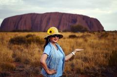 鏡頭背後/澳洲「烏魯魯」關閉:封山前的觀光朝聖
