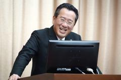 韓國瑜購屋案 顧立雄:追台肥是否違證交法