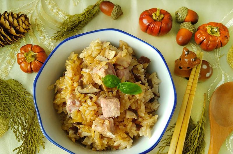 【食譜】芋頭香菇炊飯,不用10分鐘的快鍋飯料理