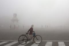 空氣再毒也不戴口罩 印度人難道不怕死嗎?